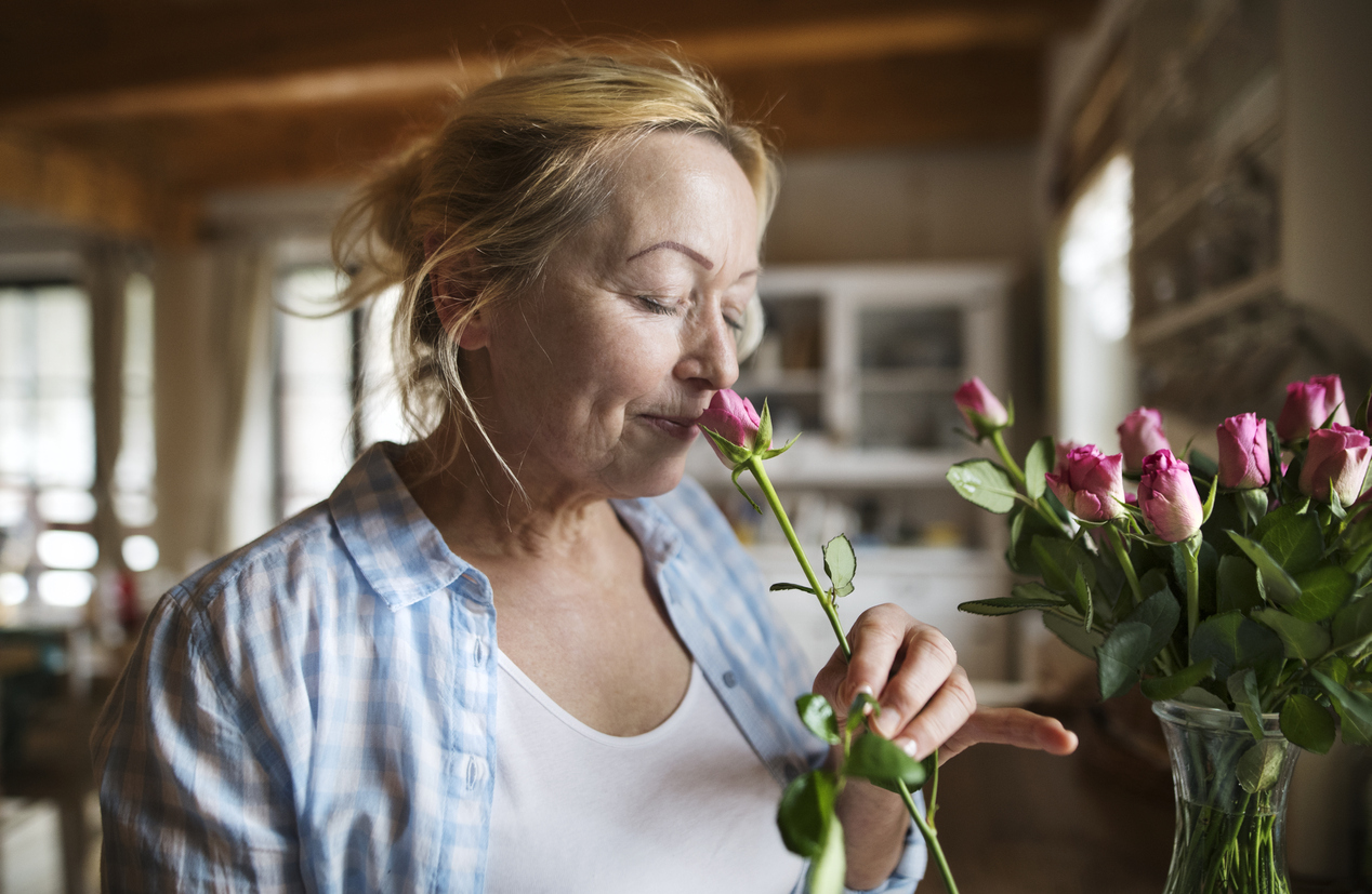 Stop and Smell the Roses - Using Scents to Engage Seniors